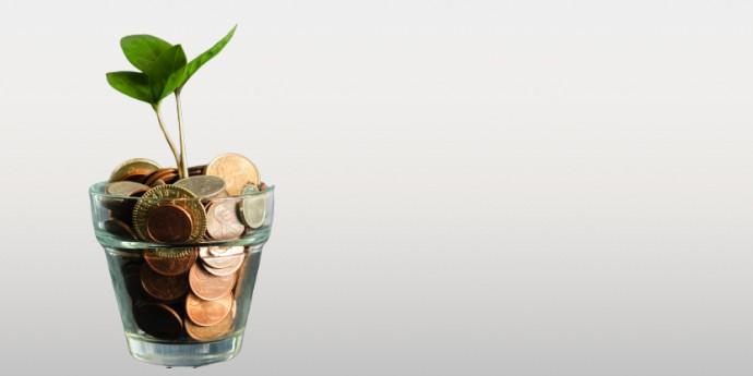 איך אפשר להרוויח כסף מפודקאסט: 5 דרכים להרוויח יותר